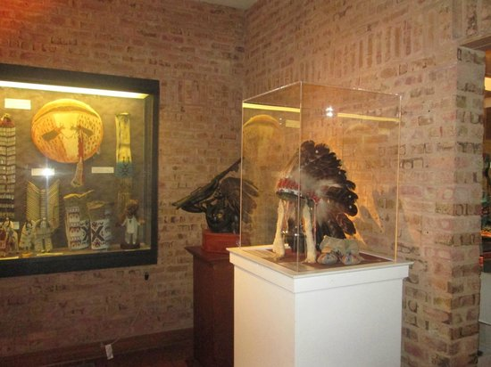 Mitchell Museum of the American Indian : More Artifacts