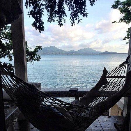 Sunrise Villas Resort: Hammock time