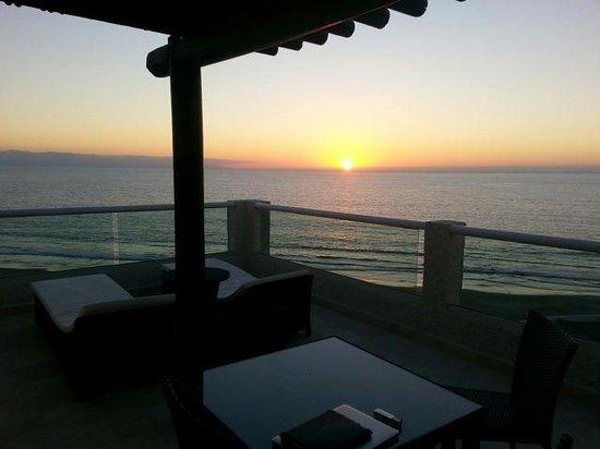 Hard Rock Hotel Vallarta : Sunset from our Balconey