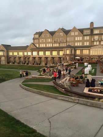 The Ritz-Carlton, Half Moon Bay : The place to be at sunset