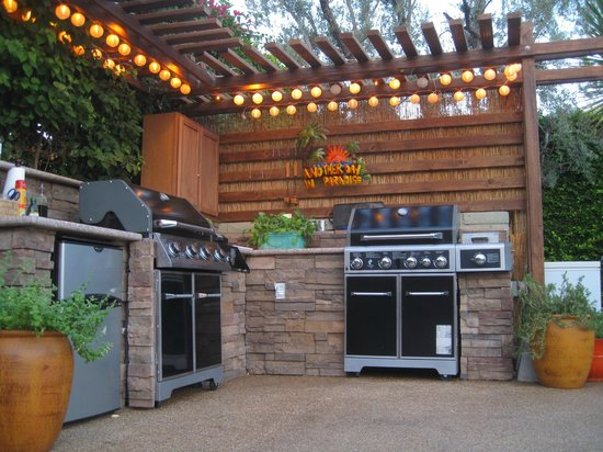 Desert Riviera Hotel: Outdoor Kitchen