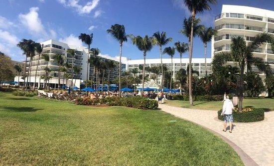 Aruba Marriott Resort & Stellaris Casino: Beautiful property