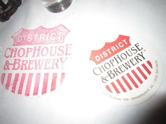 District Chophouse & Brewery : Great beer and steak!
