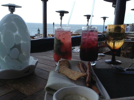 El Farallon : drinks by the Pacific