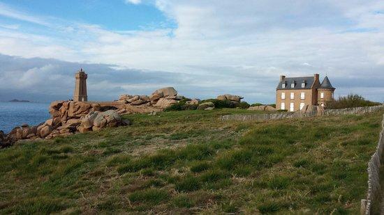 Hotel Castel Beau Site : Le petit phare à 5 min a pied