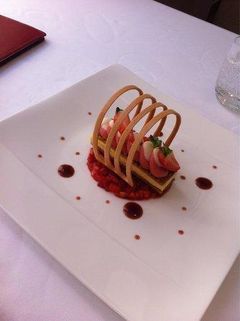 Logis de la Cadene : Dessert fraise vanille