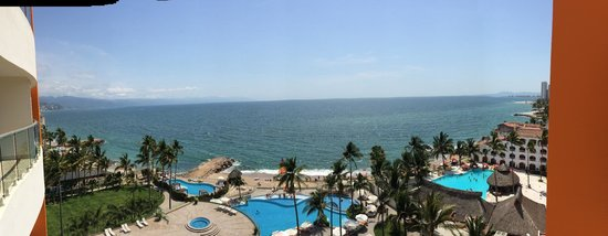 Sunset Plaza Beach Resort & Spa: The beautiful view