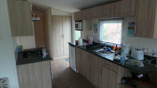 Primrose Valley Holiday Park - Haven: Kitchen Deluxe plus, 3 bed