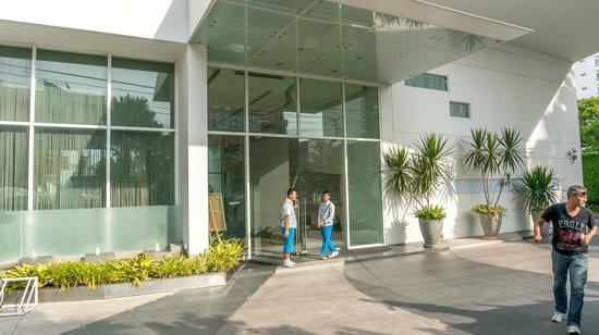 Hotel Baraquda Pattaya - MGallery by Sofitel: Hotel entrance