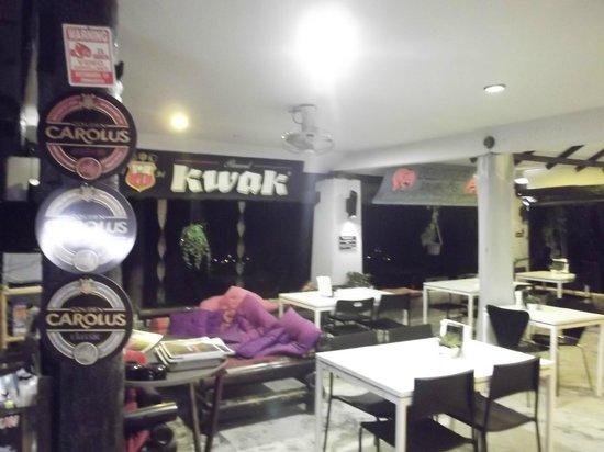 Seetanu Bungalows: la salle de restaurant, espace cosi