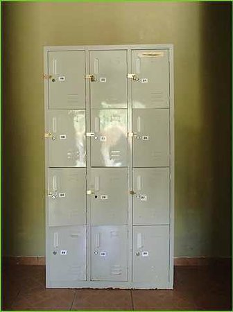 Hostal Nomba: Lockers