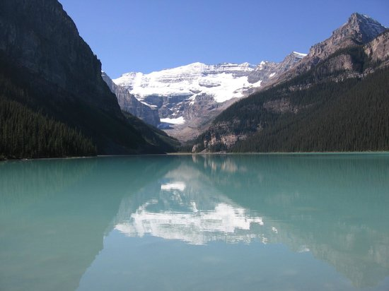 The iconic picture of Lake Louise.