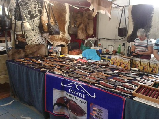 Root44 Market: Leather craft