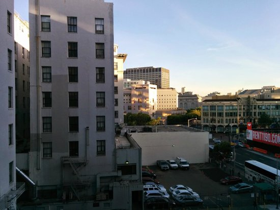 Holiday Inn Civic Center (San Francisco): View from my 6th floor room