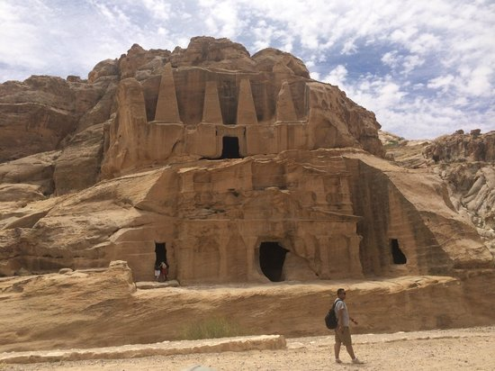 Sinai Excursions - Day Tours: petra