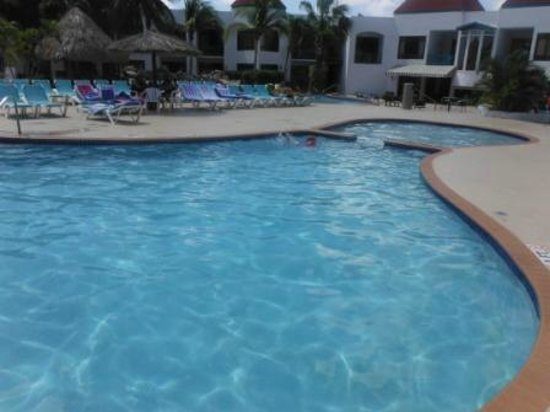 The Mill Resort & Suites Aruba: Piscinas