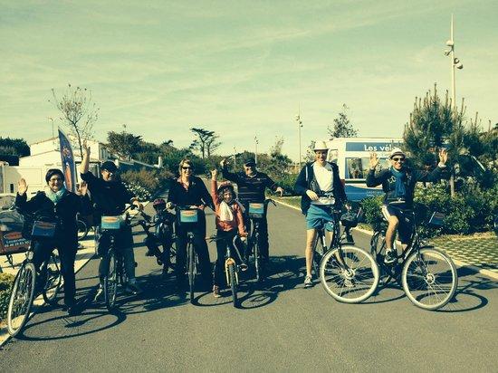 Holland Bikes : Une famille pleine de joie et de bonne humeur!