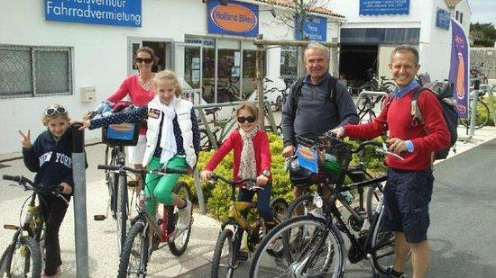 Holland Bikes : Une famille heureuse