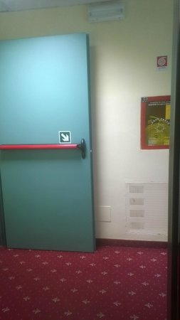 Hotel Perusia : Hotel hallway