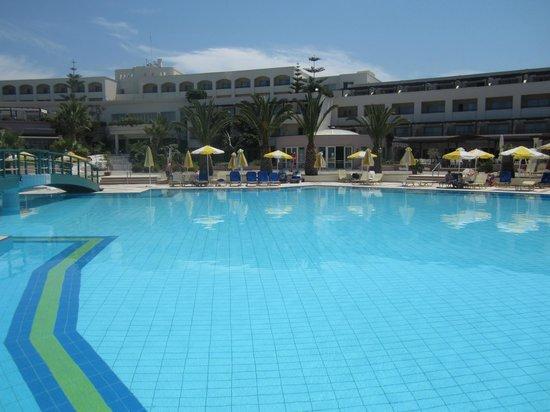 Iberostar Creta Marine : Main pool