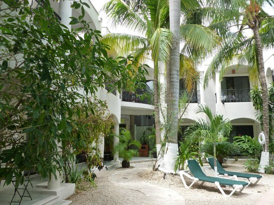 Hacienda Paradise Boutique Hotel by Xperience Hotels: jardines