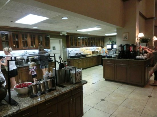 Homewood Suites Orlando-International Drive/Convention Center: 朝食のレストラン