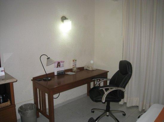 Adhara Hacienda Cancun: coté bureau