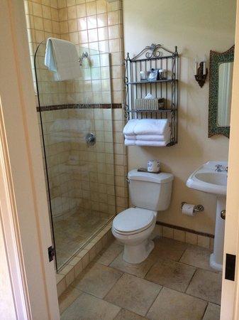 Hotel Sausalito: Bathroom
