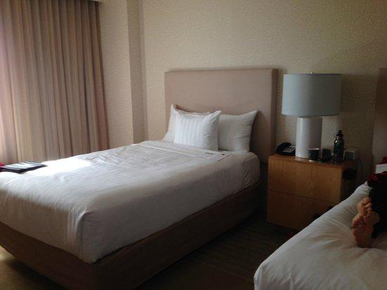 Hyatt Regency Santa Clara: bed