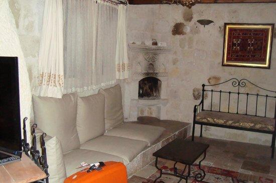 Sultan Cave Suites: zitgedeelte
