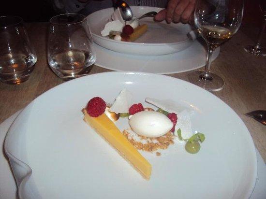 Sans Cravate : Dessert Sans Cravatte