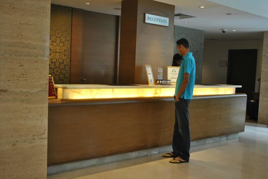 Adarsh Hamilton: Reception area