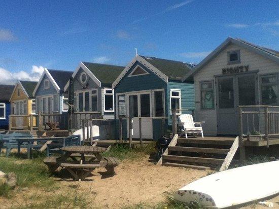 Hengistbury Head: Expensive beach huts at Mudeford Spit!