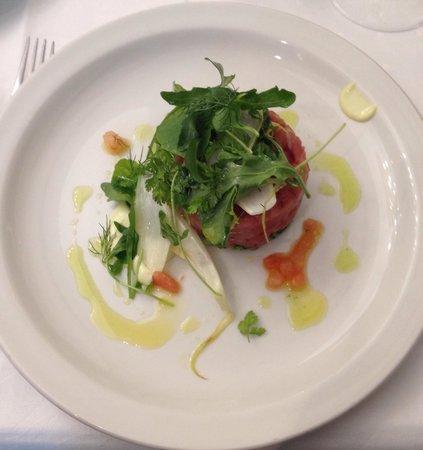 La Santanderina: Tartar de atún. Delicioso!