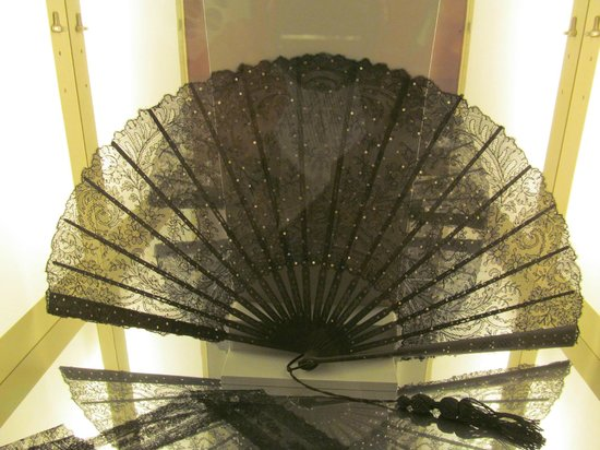 Willet-Holthuysen Museum: Чудесный веер