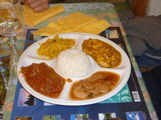 Restaurant L'Ile Maurice: poulet au massala et rougail de boeuf