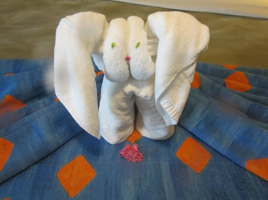 Iberostar Cozumel: Bed art