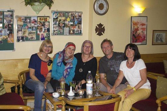 Gerda's Garden : In lustiger Runde bei Gerda und Wael