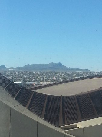 Camino Real El Paso: View from the 7th floor, thats Ciudad Juárez, Mexico