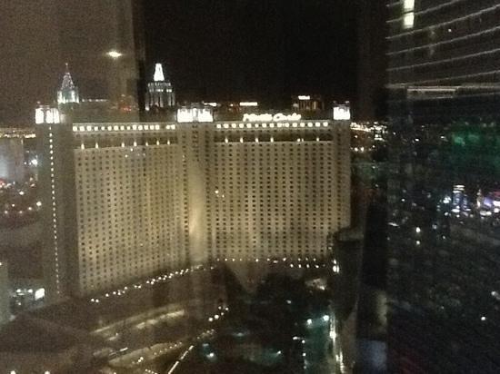 ARIA Sky Suites: Night view !
