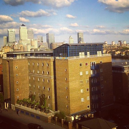 Holiday Inn Express London-Limehouse: view from room 705