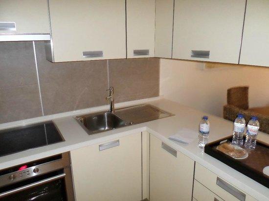 Monte da Quinta Resort: Kitchen