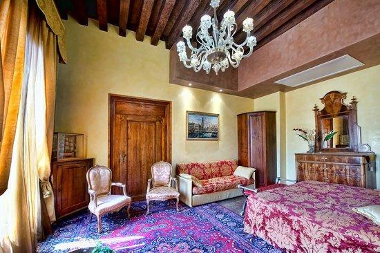 Residence Palazzo Odoni: Bedroom