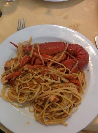 Conte di Galluccio : lobster pasta