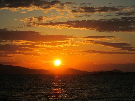 Plaza Beach Hotel: sunset