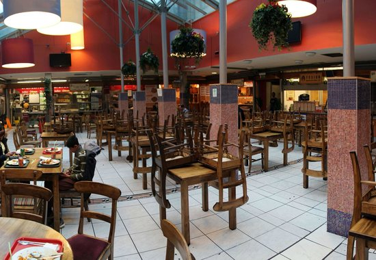 Epicurean Food Hall : Just prior to closing time