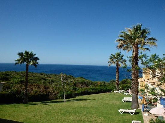 Pestana Palm Gardens: view from our patio - the units to the right had the sun earlier in the morning