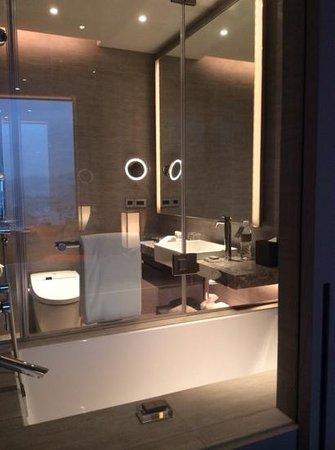 Humble House Taipei: modern bathroom