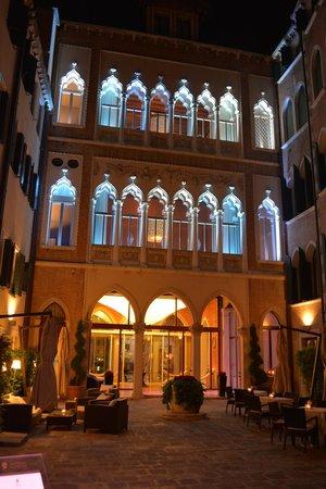 SINA Centurion Palace: Centurion Palace rear exterior