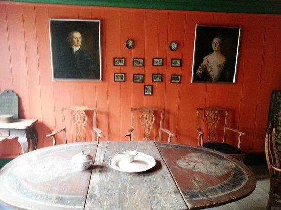 Sverresborg Trondelag Folk Museum : Retratões de vovó e vovô